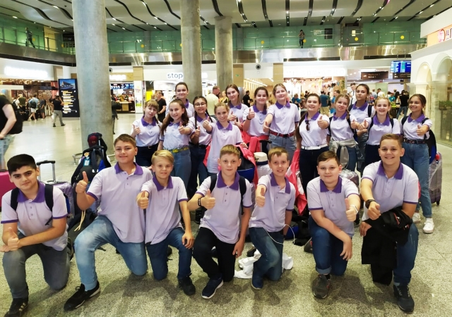 Делегация МЭЦ в составе певцов Концертного хора и хора мальчиков вылетела в г. Псков