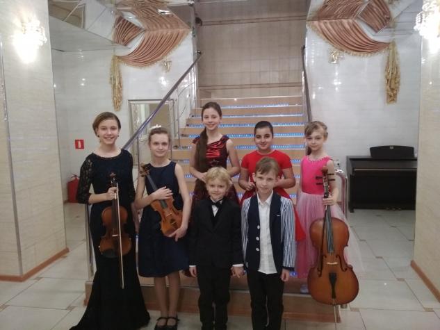 Весенний концерт на отделении струнно-смычковых инструментов