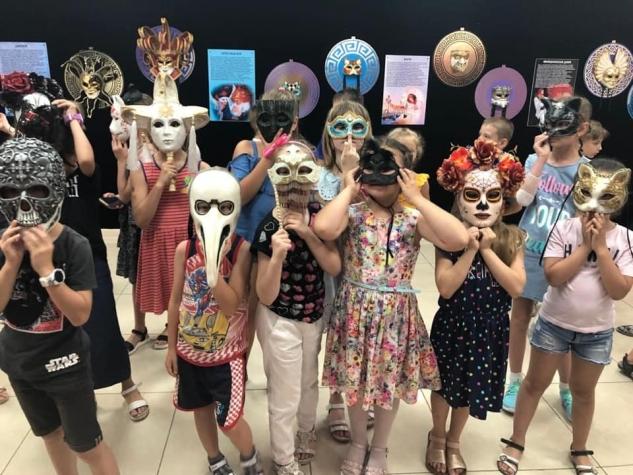 Воспитанники МЭЦ посетили необычную выставку - интерактивный арт-проект «Без лица»