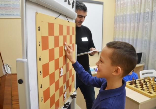 Хотите вырастить гения? Подарите ему шахматы!