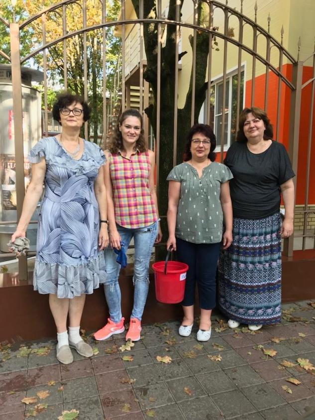 Коллектив МЭЦ принял участие в общегородском субботнике
